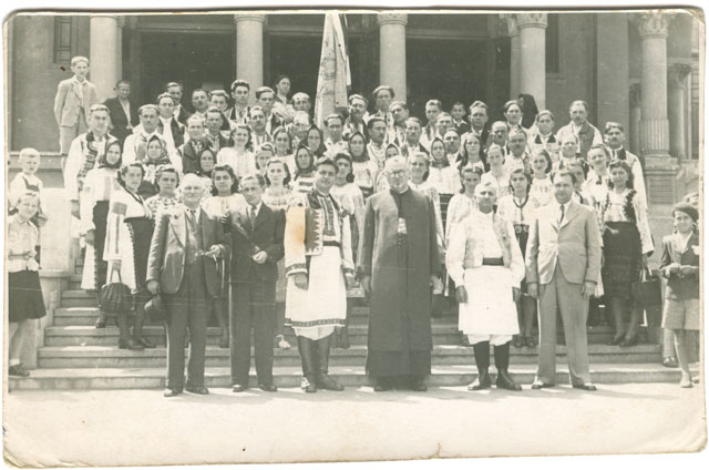 1946 Corul la Catedrala Resita