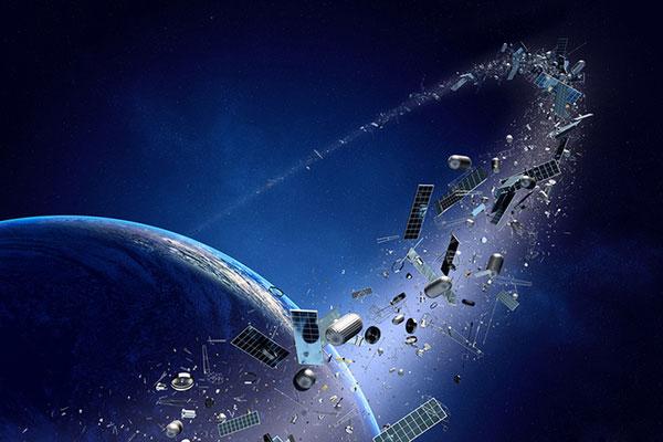 Resturi şi deşeuri în spaţiu, pe orbita Pământului