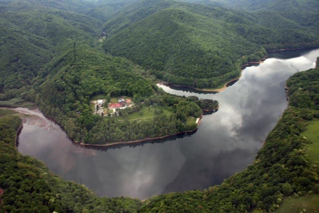 Statiunea Secu muntii Semenic Caras-Severin