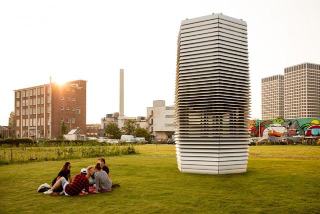 Turn de purificare a aerului, amplasat în Rotterdam